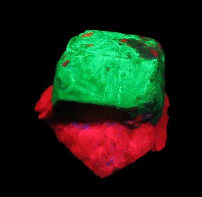 sharp Willemite on Calcite (Chet Lemanski Coll.)