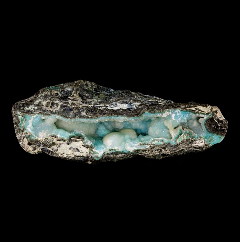 Chrysocolla and Quartz pocket