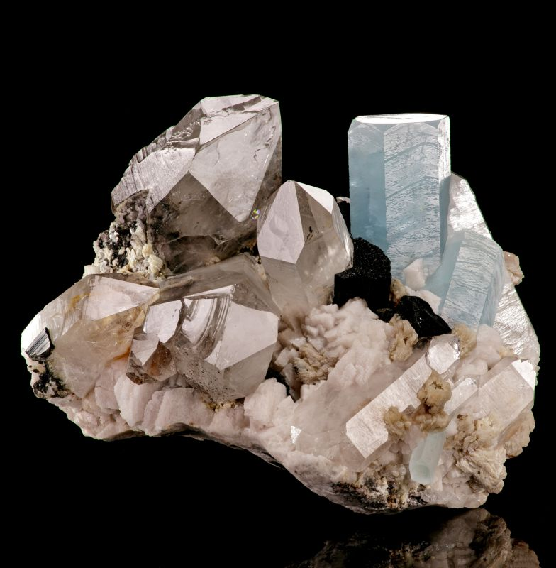 Aquamarine & Schorl with Quartz on Cleavelandite