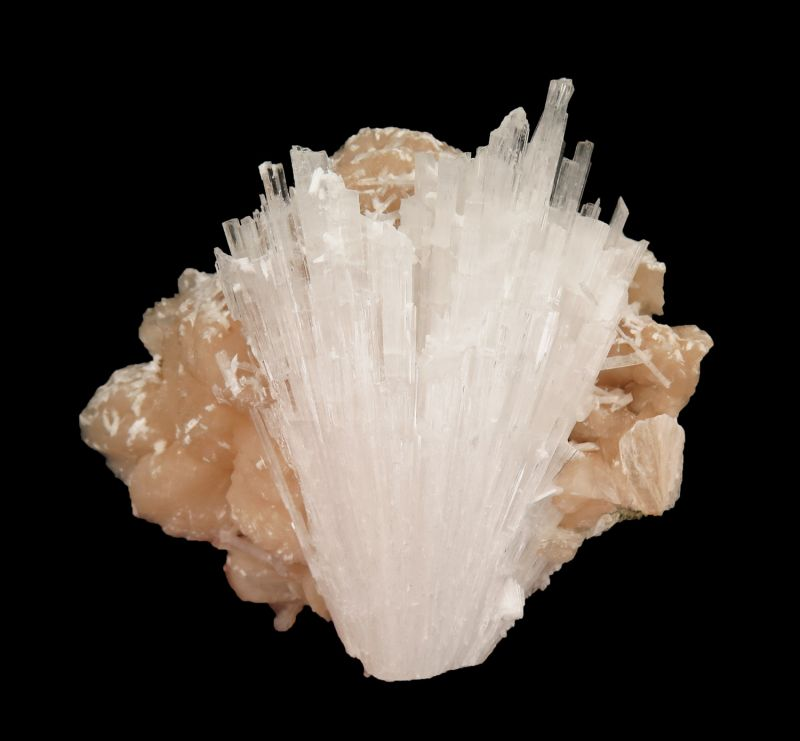 Scolecite on Stilbite