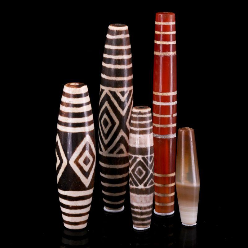 Quartz (5 artisan antique 19th century beads) - Petrified Wood and Agate
