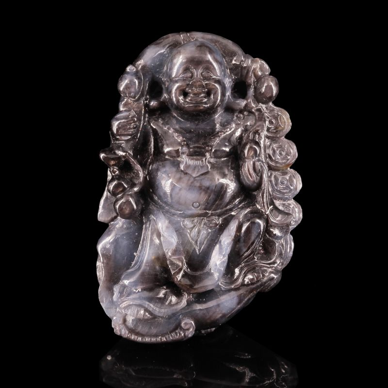 Sapphire Carving, Buddha (with ''star'' effect!)