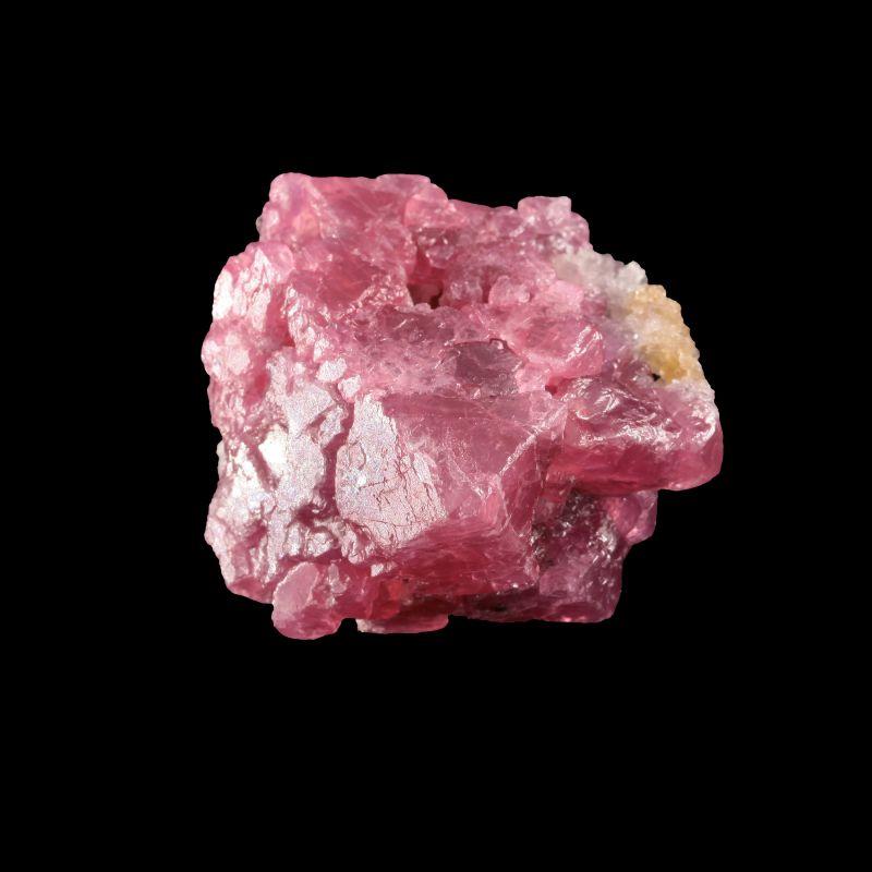 Spinel (fine large crystal)