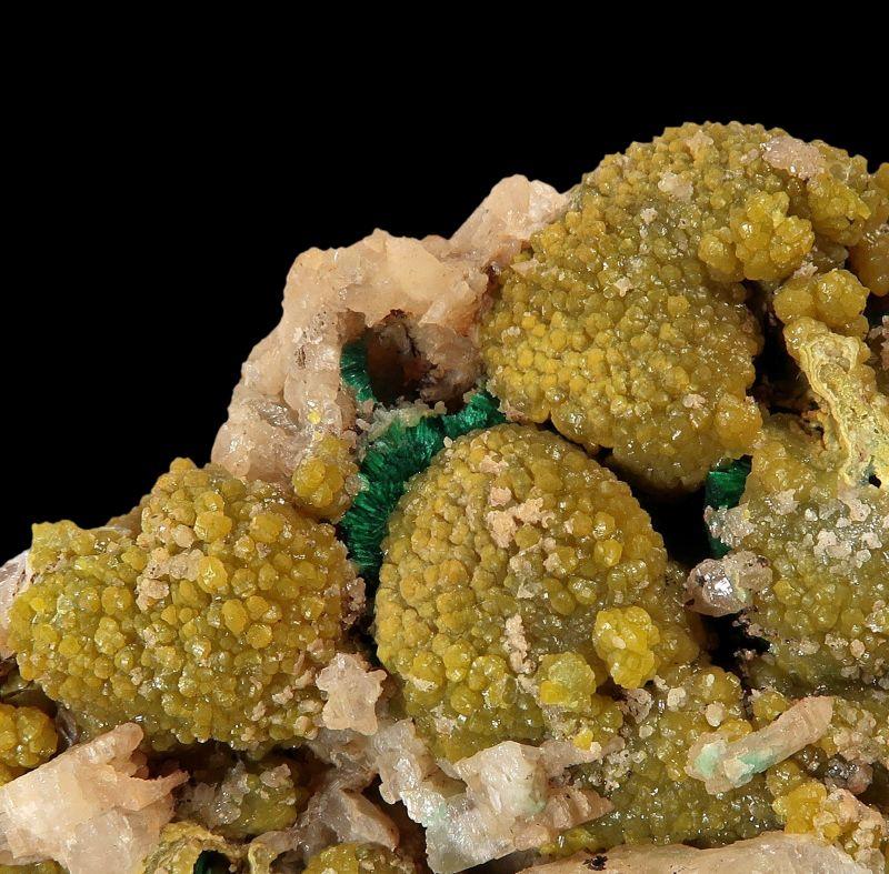 Pyromorphite and Cerussite, with Malachite